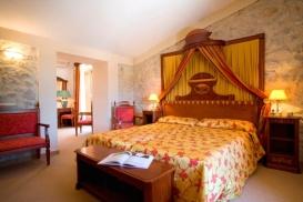 Suite Hotel Monnaber Nou 2009